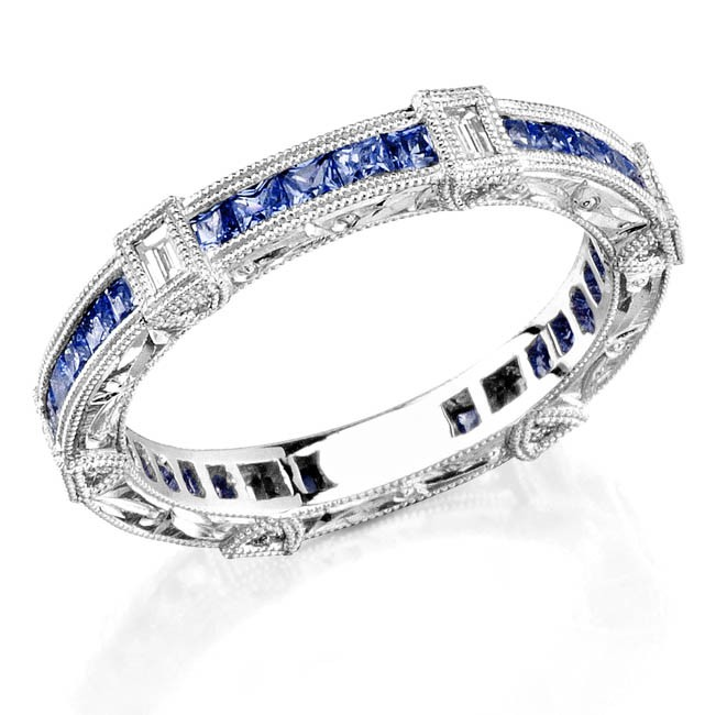 Diamond and sapphire engraved ring