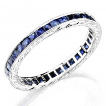 Hand Engraved Gold Ring set with Princess Cut Blue Sapphires